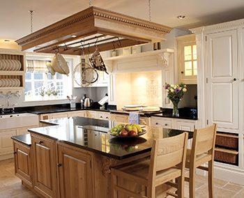 دکوراسیون داخلی جزیره آشپزخانه
