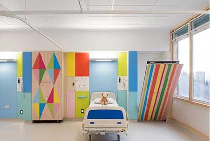 معماری و طراحی داخلی بیمارستان کودکان