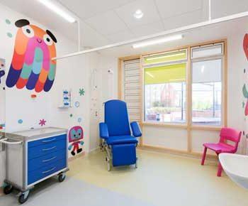 طراحی داخلی مطب دکتر کودکان