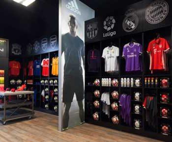 طراحی داخلی فروشگاه ورزشی