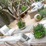 بازسازی داخلی حیاط کوچک