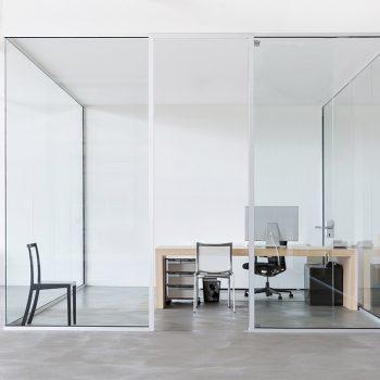 بازسازی داخلی شرکت اداری
