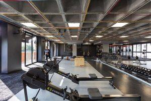 بازسازی داخلی باشگاه بدنسازی