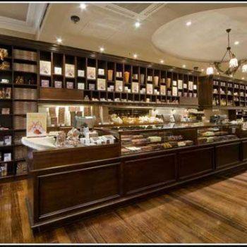 طراحی داخلی شیرینی فروشی